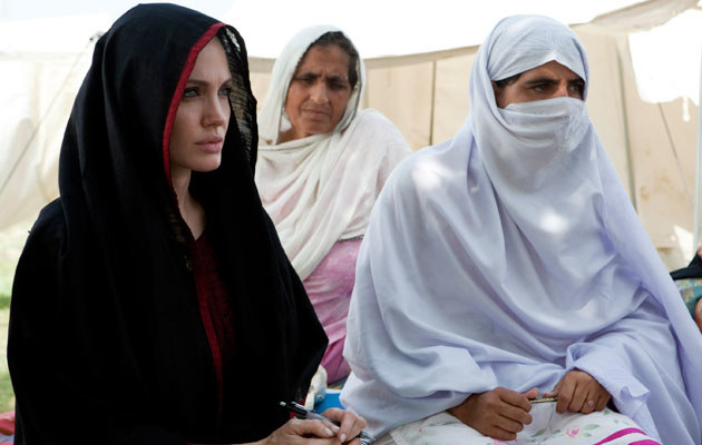 Angelina Jolie w Pakistanie  /Splashnews