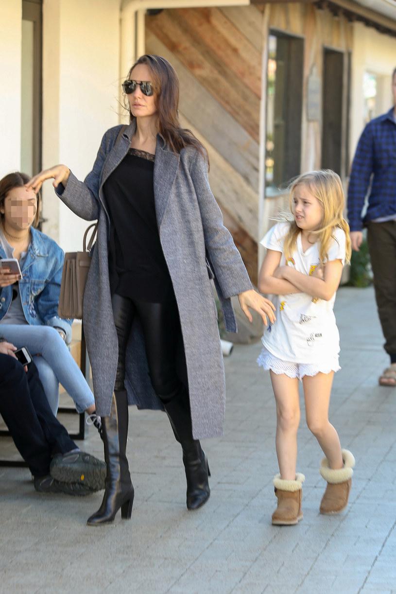 Angelina Jolie z córką /AKM-GSI /Agencja FORUM