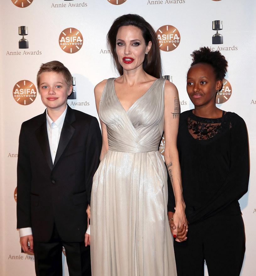 Angelina Jolie z córkami /David Livingston /Getty Images