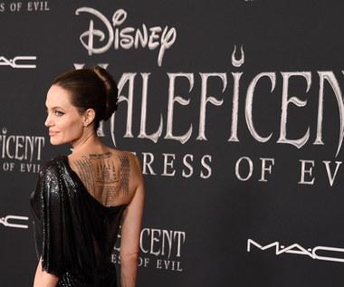 """Angelina Jolie z dziećmi na premierze """"Czarownicy 2"""""""