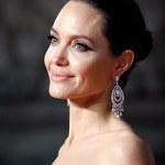 Angelina Jolie zadurzyła się w Robercie Downeyu Jr.?