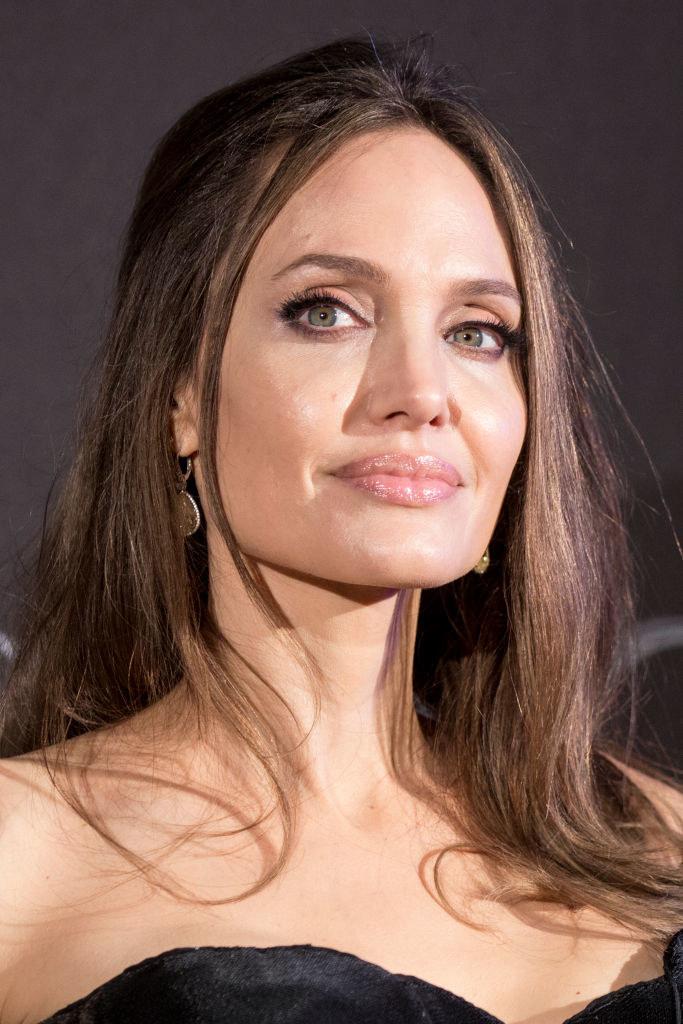 Angelina Jolie /Alessandra Benedetti - Corbis/Corbis  /Getty Images