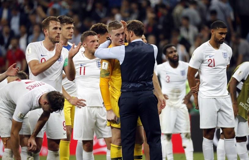 Angielscy piłkarze po porażce z Chorwacją /PAP/EPA
