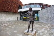 Angielski uniwersytet postawił Grecie Thunberg pomnik. Studenci niezadowoleni