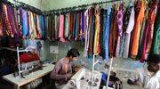 """Anglia: Drogą odzież produkują """"niewolnicy"""""""