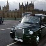 Anglicy w chińskich taksówkach