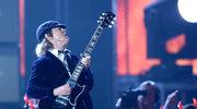 Angus Young (AC/DC): 60-latek w krótkich spodenkach