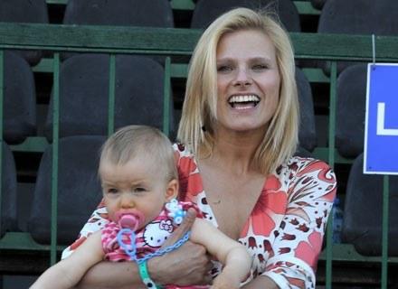Ania Głogowska z córką, fot. Andrzej Szilagyi /MWMedia