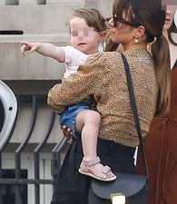 Ania i Robert Lewandowscy coraz śmielej pokazują małą Klarę! Ale ona urocza!