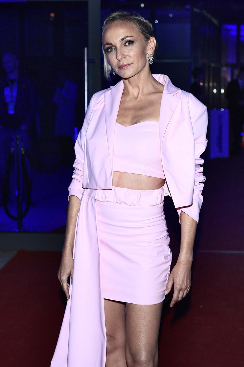Ania Wyszkoni podczas Flesh Fashion Night 2019 /Andras Szialgyi /MWMedia
