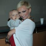 Ania Wyszkoni pokazuje córkę