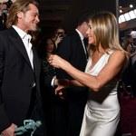Aniston i Pitt przyłapani na pocałunku!