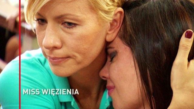 Anita Werner z jedną z bohaterek swojego dokumentu /TVN