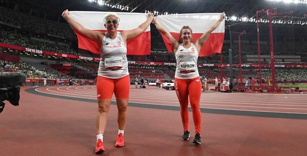 Anita Włodarczyk i Malwina Kopron / Leszek Szymański    /PAP