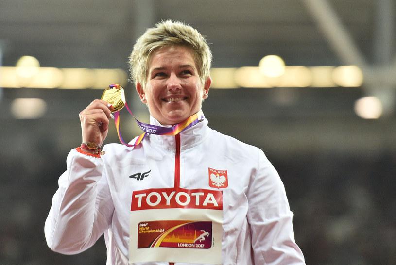 Anita Włodarczyk w tym roku zdobyła złoty medal MŚ w Londynie /AFP