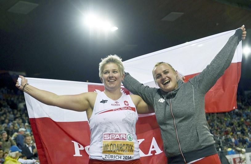 Anita Włodarczyk (z lewej) i Joanna Fiodorow /AFP