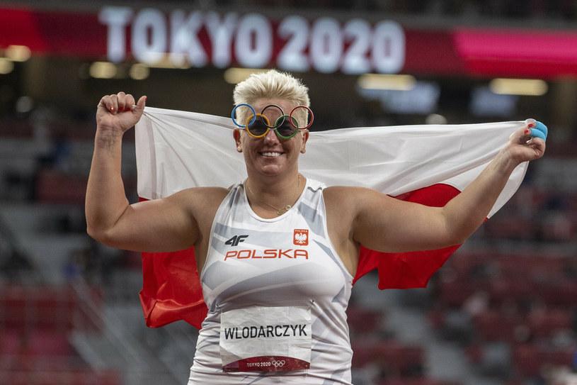 Anita Włodarczyk zdobyła złoty medal olimpijski po raz trzeci z rzędu /Iwanczuk/Sport/REPORTER /East News