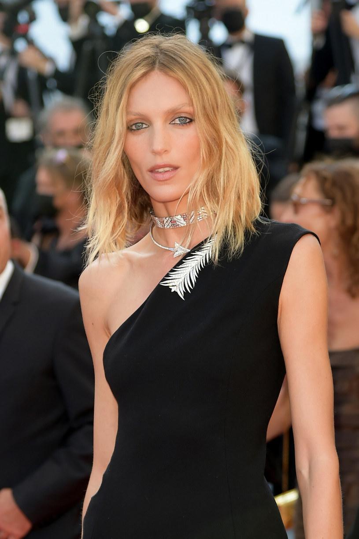 Anja Rubik na Festiwalu Filmowym w Cannes /Alberto Terenghi / IPA /East News