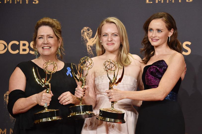 Ann Dowd, Elisabeth Moss, Alexis Bledel /Alberto E. Rodriguez /Getty Images