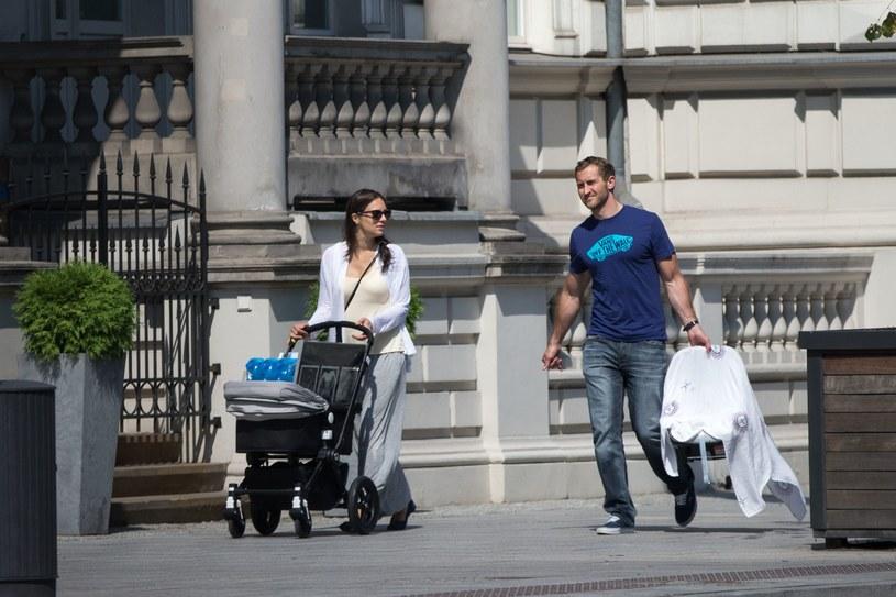 Anna Czartoryska z mężem i synkiem /- /Foto IP