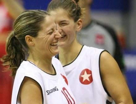 Anna DeForge ma powody do radości - zdobyła 20 pkt w meczu z Sopronem Fot. Tomasz Markowski /Agencja Przegląd Sportowy