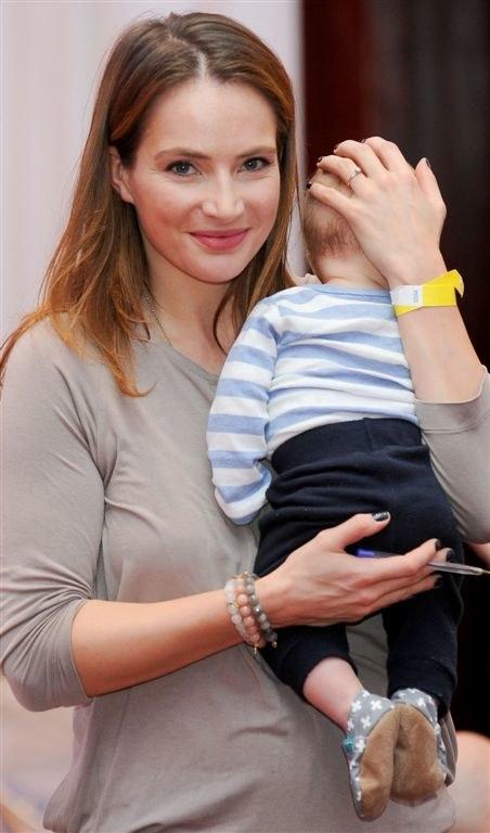 Anna Dereszowska z synem /Agencja W. Impact