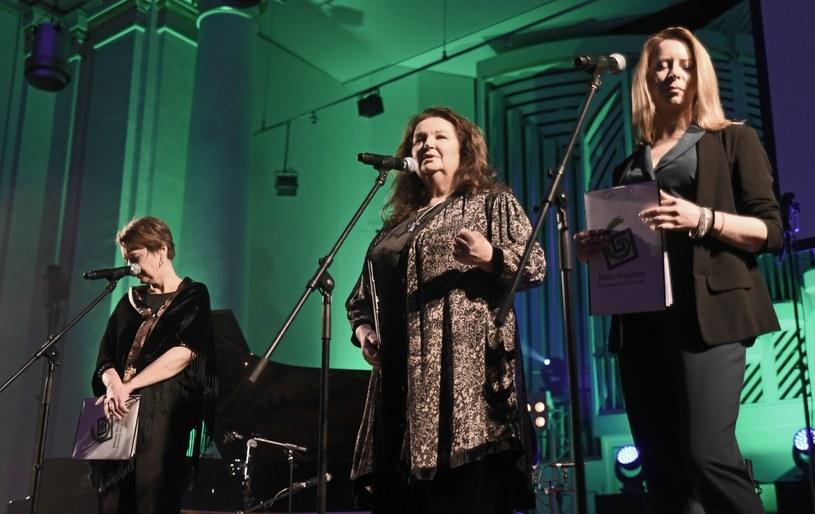 Anna Dymna i inni podczas koncertu /M.Lasyk /Reporter