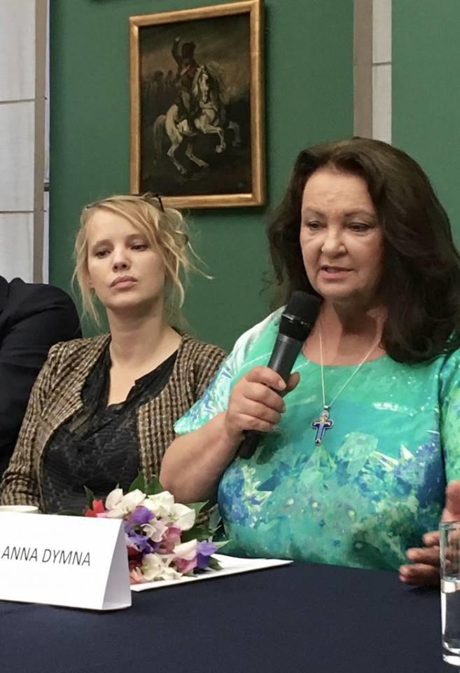 Anna Dymna i Joanna Kulig. Konferencja Festiwalu Zaczarowanej Piosenki w Krakowie /Styl.pl