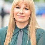 Anna Guzik w zielonym koszmarku na ramówce TVN. Najgorsza kreacja imprezy?