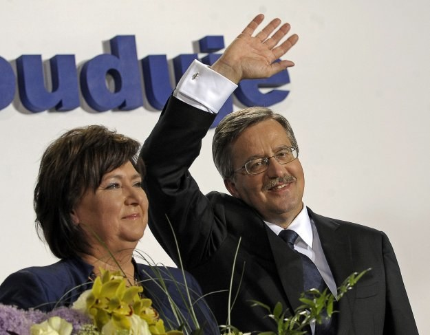Anna i Bronisław Komorowscy - nowi mieszkańcy Pałacu Namiestnikowskiego /AFP