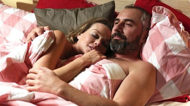 Anna i Werner spędzają ze sobą noc. Czy teraz będą razem? /www.mjakmilosc.tvp.pl/