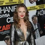 Anna Karczmarczyk chwali się biustem na premierze!