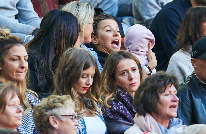 Anna Lewandowska i Klara na meczu Bayernu /Peter Schatz /East News