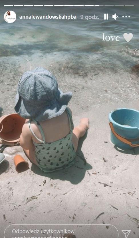 Anna Lewandowska wypoczywa z dziećmi na egzotycznej wyspie, https://www.instagram.com/annalewandowskahpba/ /Instagram