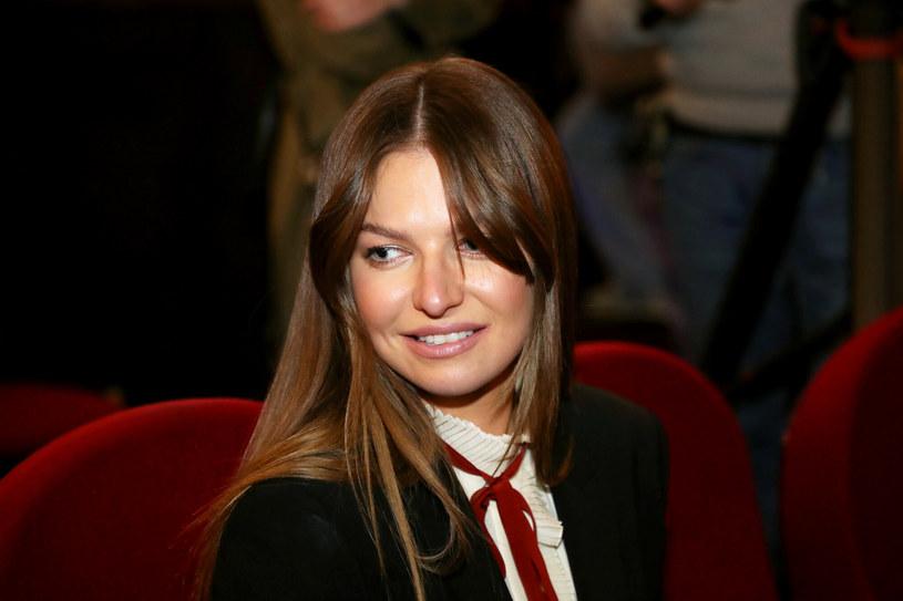 Anna Lewandowska znana jest z zamiłowania do mody i przemyślanych stylizacji /Piotr Molecki /East News