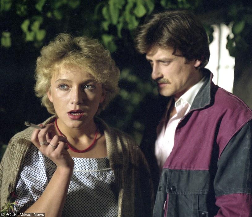Anna (Marta Klubowicz) Była szaleńczo zakochana w Jurku. On także, jako jedyną, traktował ją poważnie. Ale nie potrafił zrezygnować z wygodnego życia /East News/POLFILM