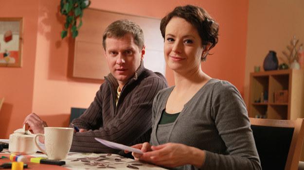 """Anna Piróg-Karaszkiewicz, jako Dorota i Krzysztof Respondek jako Michał w """"Barwach szczęścia"""" /Agencja W. Impact"""