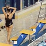Anna Popek relaksuje się na basenie!