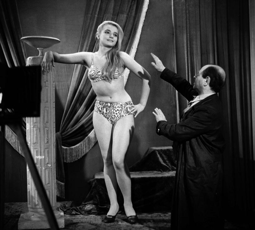 """Anna Seniuk w nowelowym filmie Stanisława Lotha """"Weekendy"""" (1963) /East News/POLFILM"""