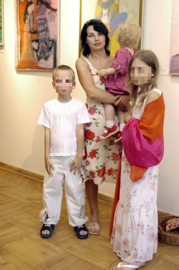 Anna Skrobiszewska z Brunem i Heleną /MWMedia