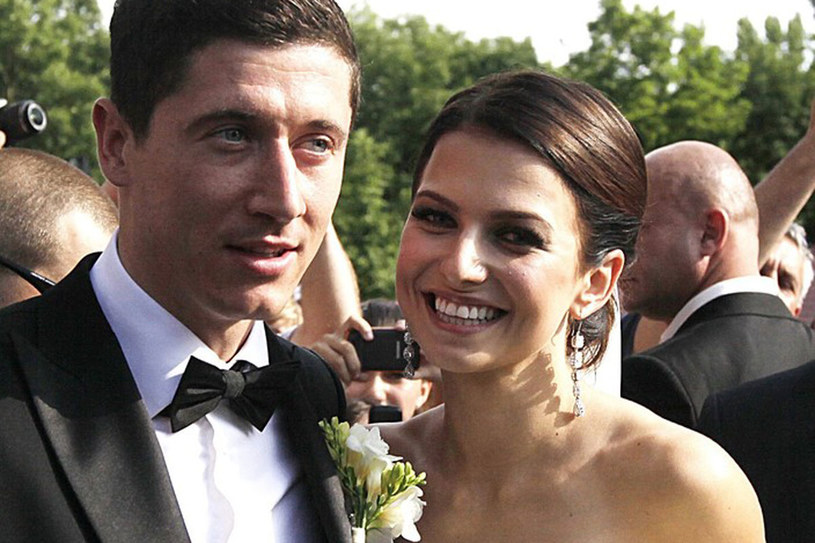 """Anna Stachurska i Robert Lewandowski pobrali się po pięciu latach znajomości. """"Lewy"""" nie mógł sobie wymarzyć wspanialszej żony. Nie dość, że piękna, to Ania jest jedną z najlepszych polskich zawodniczek karate. /East News"""