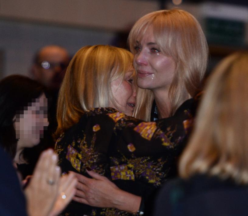 Anna Starak i Agnieszka nie były w stanie powstrzymać łez /VIPHOTO /East News