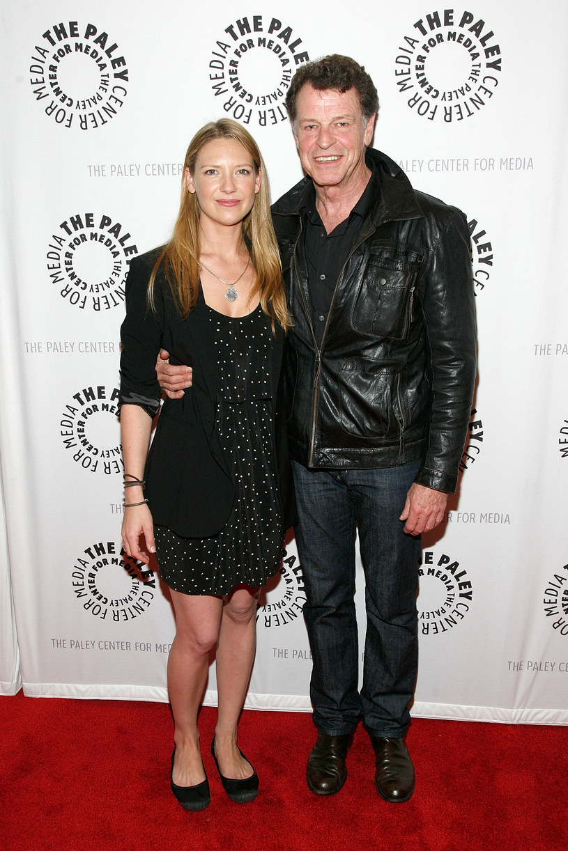 Anna Torv, John Noble /Andy Kropa /Getty Images