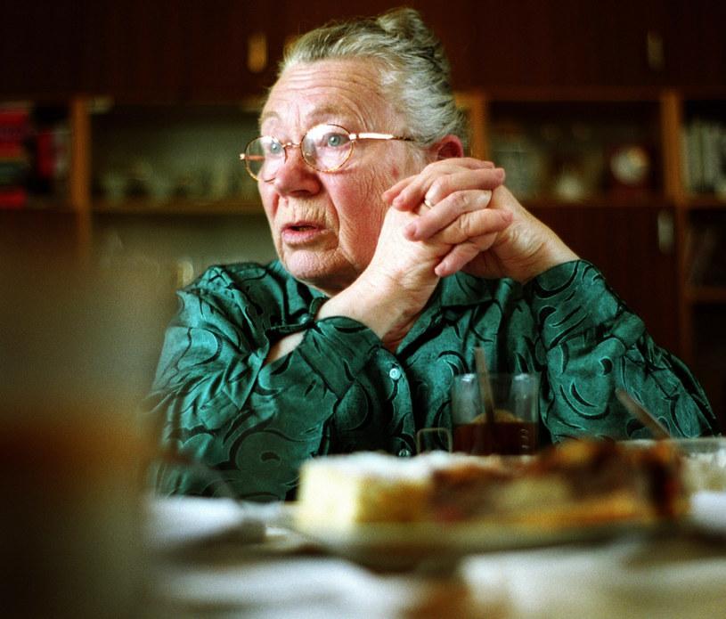 Anna Walentynowicz w swoim mieszkaniu 5 lat przed śmiercią /Michał Szlaga /Reporter