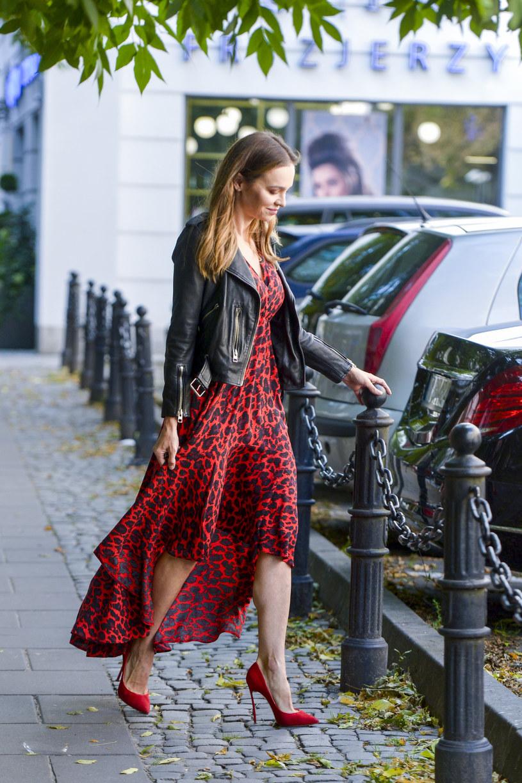 Anna Wendzikowska w modnej skórzanej kurtce /AKPA