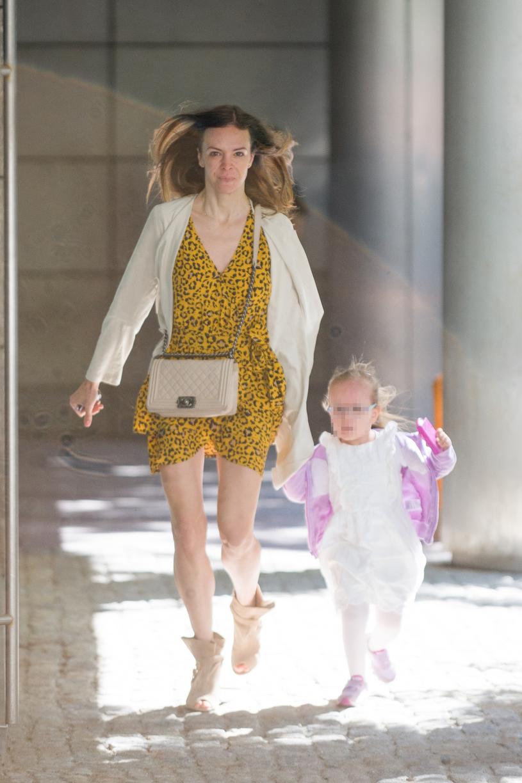 Anna Wendzikowska z córką /Artur Zawadzki /Reporter