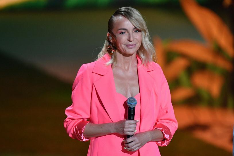 Anna Wyszkoni jest wielką fanką marynarek - ostatnio stawia na kolor! /East News