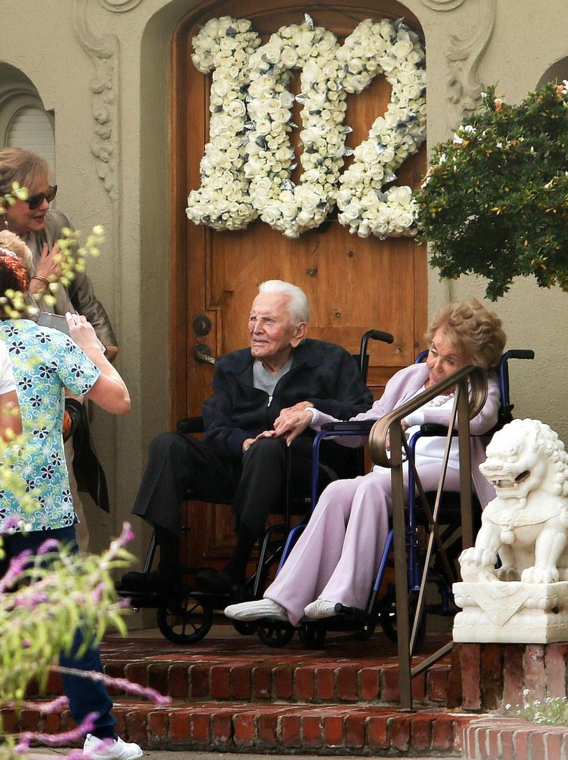 Anne Douglas, Kirk Douglas /Splashnews /East News