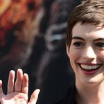 Anne Hathaway i roboty