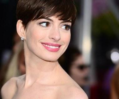 Anne Hathaway spanikowała